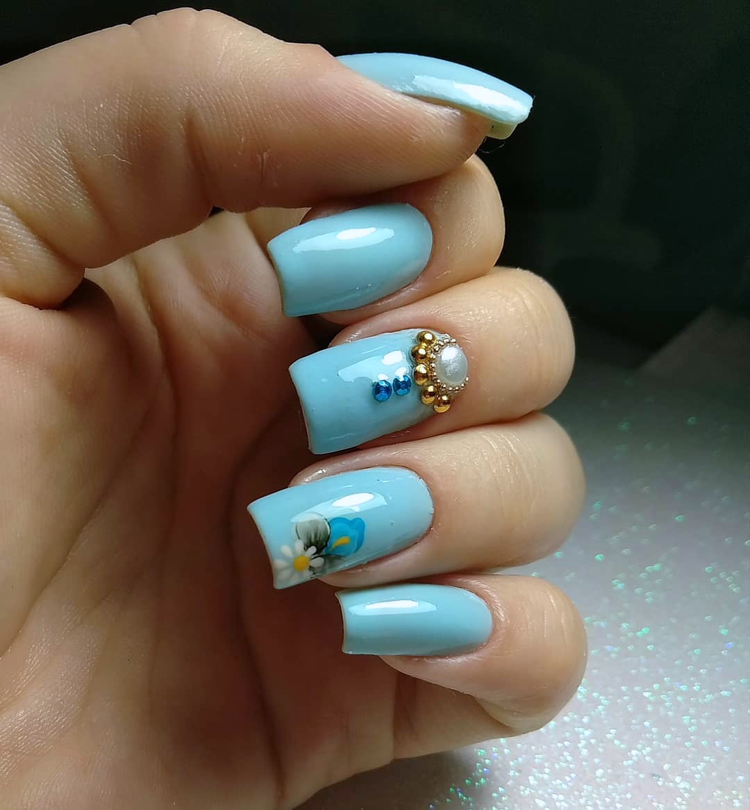 37 unhas com esmalte azul claro lindas e delicadas