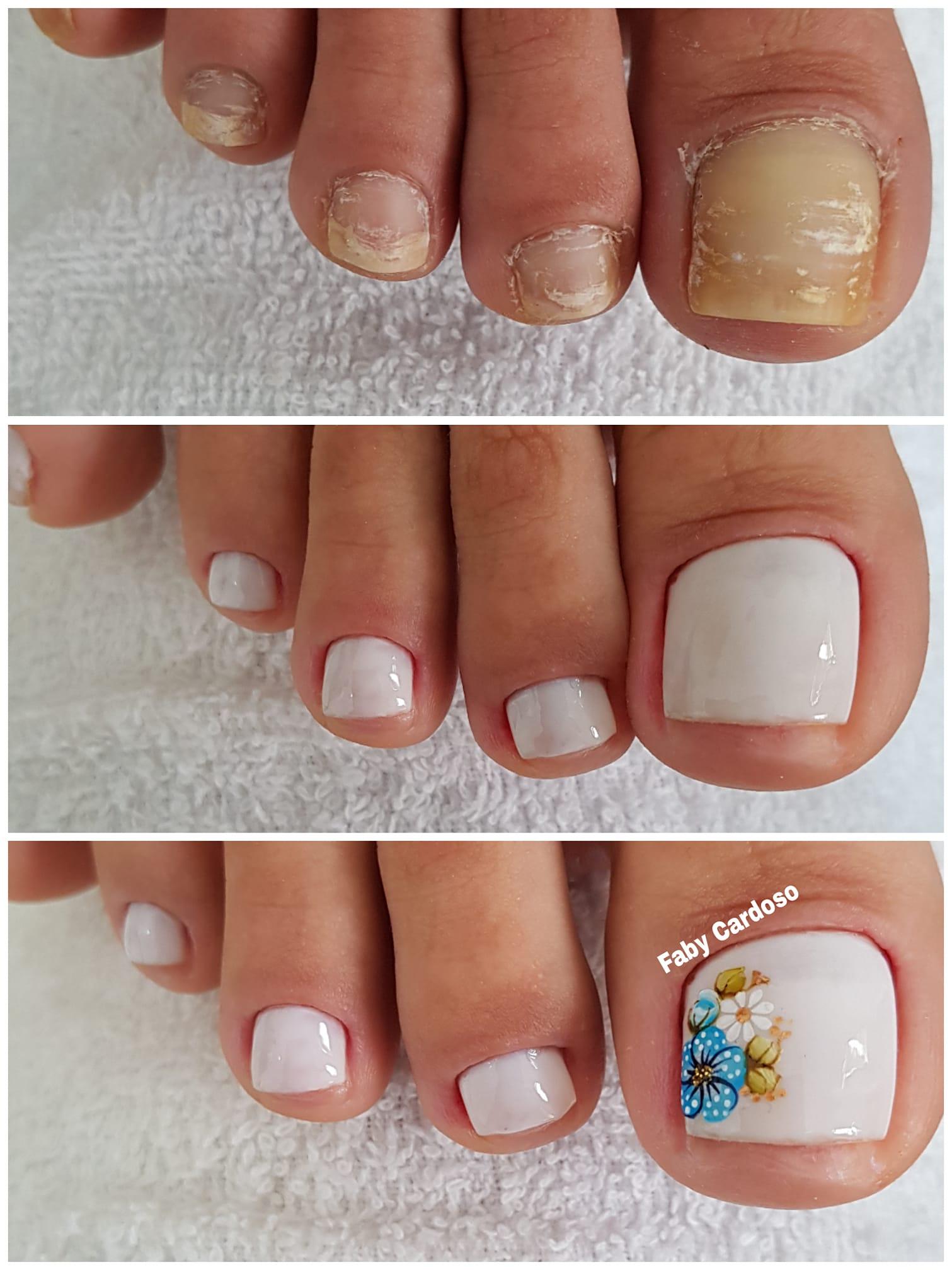Unhas dos pés com cores e eamaltes perfeitos2.3