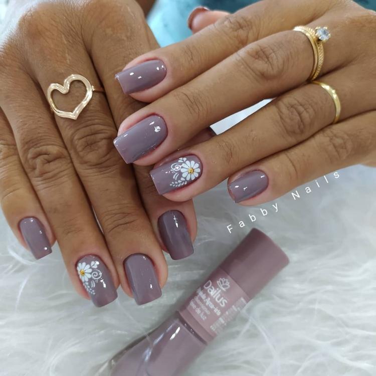 Modelos de decoração de unhas para se inspirar501
